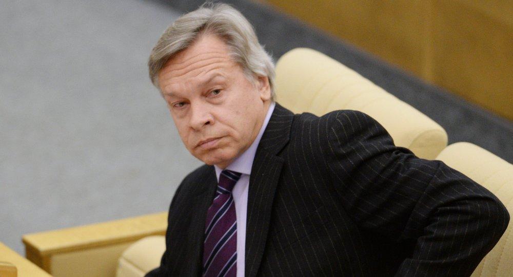 Пушков: Намере Макрона према Русији ће се брзо видети