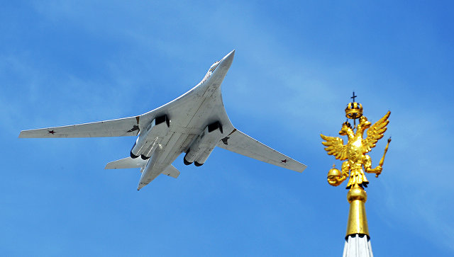 Putin predložio da se napravi civilna verzija aviona Tu-160
