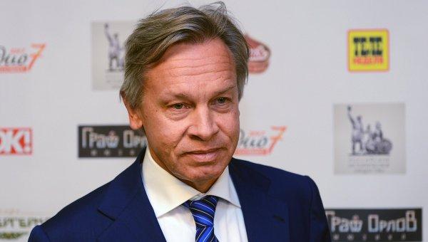 Puškov: MOK-u je ostalo još samo da zabrani da govori na ruskom