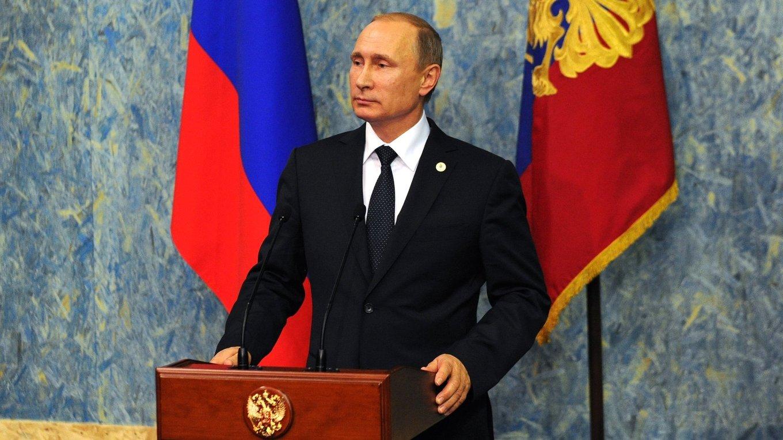 Путин: Пораз добро снабдевених терористичких група у Сирији показао снагу наше војске и флоте