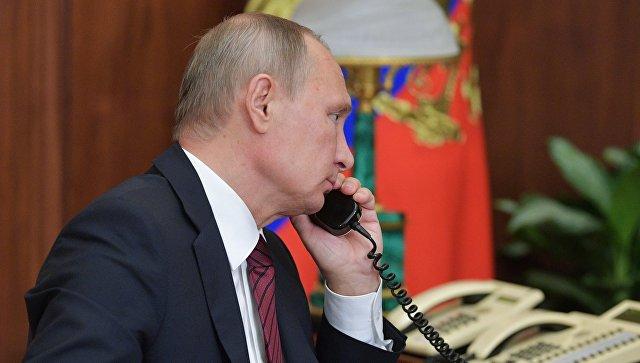 Путин и Макрон разговарали о ситуацији у Украјини и Сирији