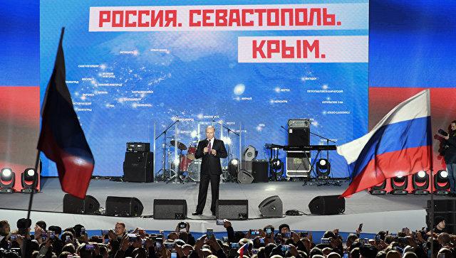 Путин захвалио Кримљанима на одлуци о поновном уједињењу са Русијом