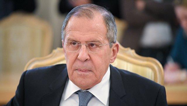 Лавров: Позив Макрона да се не повлаче војне снаге из Сирије личи на колонијалну позицију