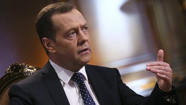 Медведев предложио индивидуалне санкције против Американаца