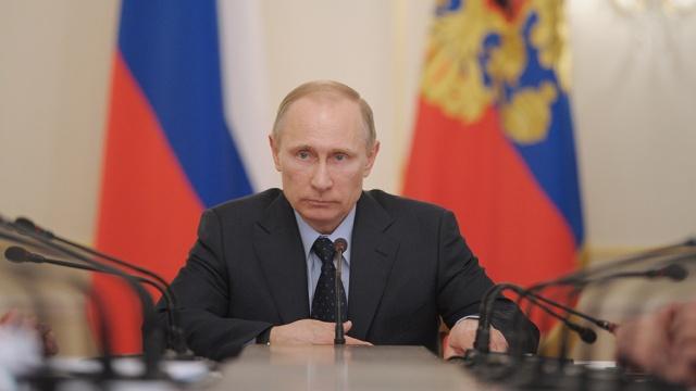 Путин разговарао са члановима Савета безбедности Русије о ситуацији у Сирији