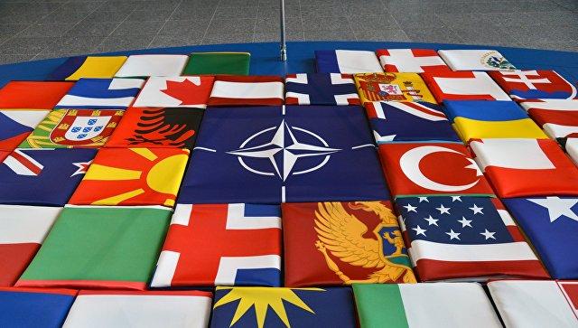 Москва: Док бескорисни НАТО оптужује Русију за провокације и наставља да показује зубе, ми се спремамо да гледамо фудбал
