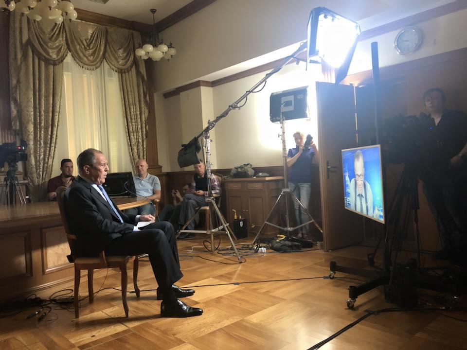 """Lavrov: Zapad oblikuje politiku prema Rusiji na osnovu neutemeljenih izjava tipa """"vrlo verovatno"""""""