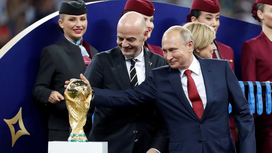 РТ: Успели смо! Поносан на Светско првенство, Путин нуди улаз у Русију свим страним навијачима