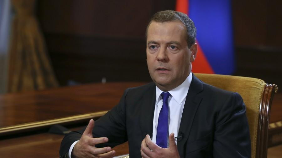 РТ: Русија ће даље санкције САД третирати као отворену објаву економског рата - Медведев