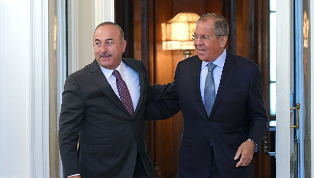 Лавров и Чавушоглу разговарали о билатералним односима и ситуацији у Сирији