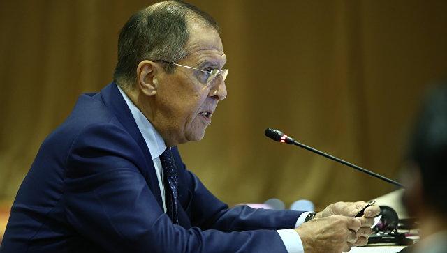 Lavrov: Vašington koristi dolar za kažnjavanje neugodnih država