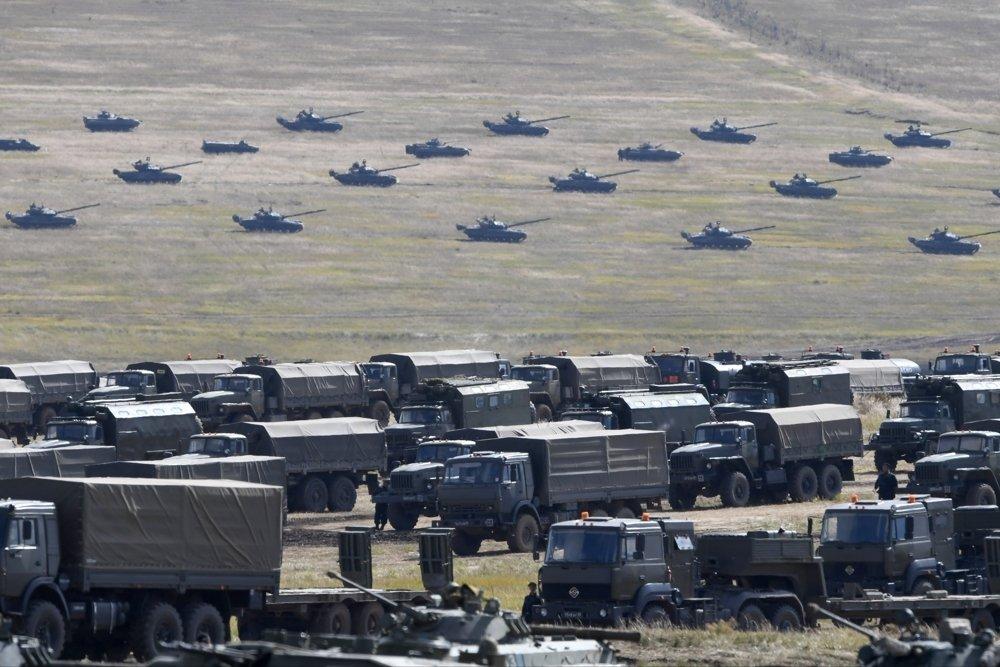 Шојгу: Русија планира да сваких пет година организује велике војне вежбе