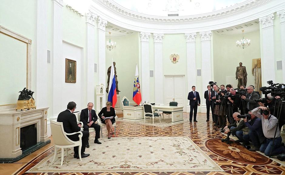 Разговор председника Путина и Вучића
