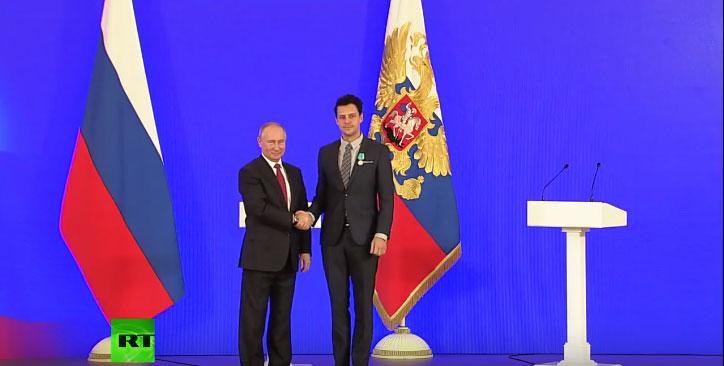 Председник Путин одликовао Милоша Биковића