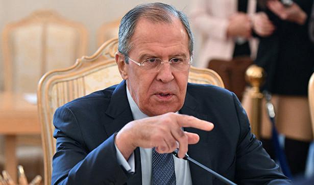 Лавров: Русија мора да обраћа пажњу на јачање присуства НАТО-а у близини својих граница