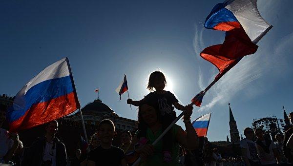 Кузмин : Неће им успети да казне становништво Крима због њиховог избора у корист Русије