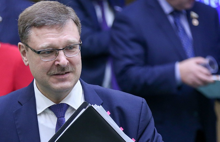 Косачев: Чини се да се Кијев жели да се уживи у улогу диригента антируске кампање уз Запада