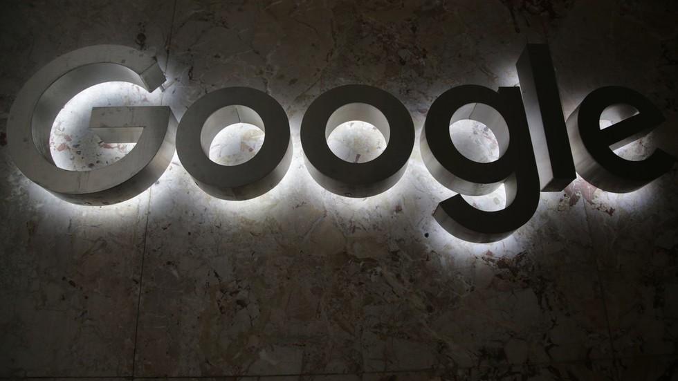 РТ: Гугл би могао бити блокиран у Русији - Роскомнадзор