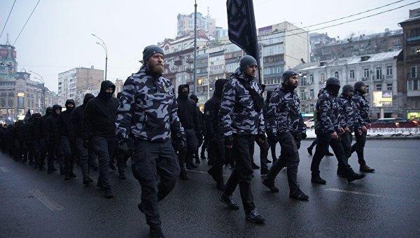 Песков: Кијев затвара очи на испољавање неонацизма у Украјини