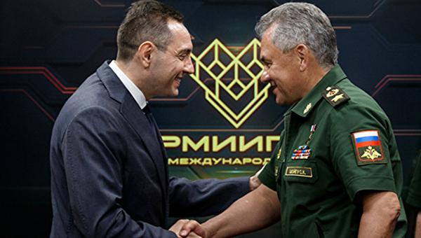 Шојгу: Уверен сам да ће 2019. година бити важна етапа у развоју војне сарадње између наших земаља