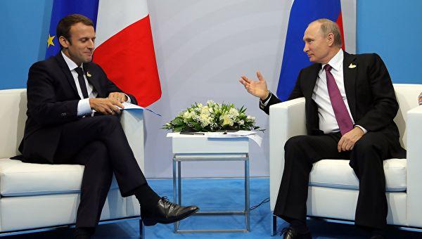 Путин и Макрон разговарали о ситуацији у Сирији и Украјини