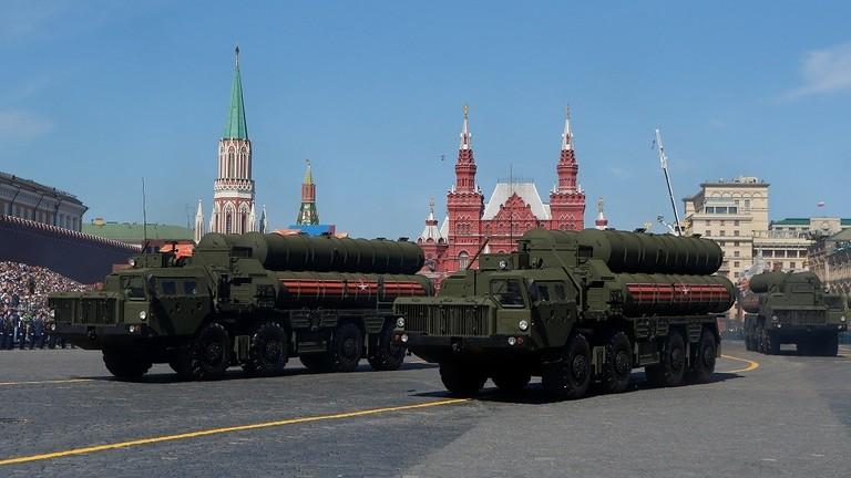 """РТ: Русија упозорила САД на трку у наоружању на Земљи и у космосу """"пре него што буде прекасно"""""""