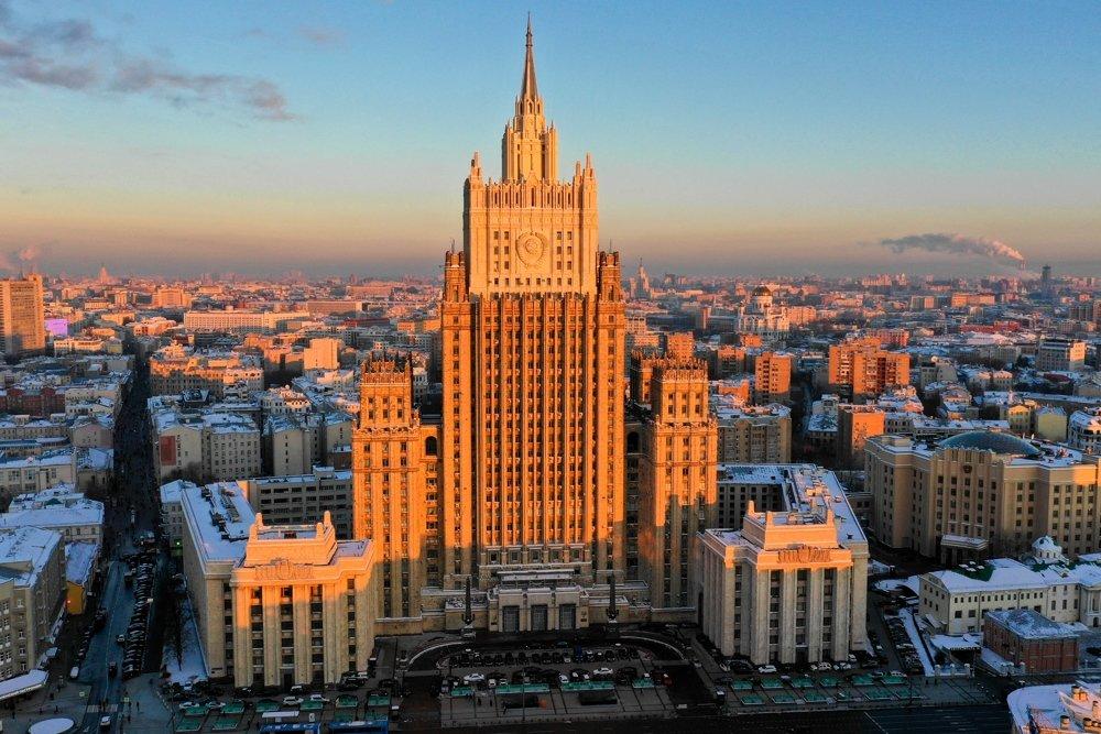 Москва: Ако Лондон коригује своју непријатељску политику спремни смо на сарадњу