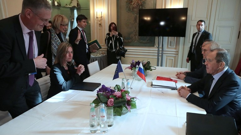 """РТ: """"Запад почиње да слуша Русију"""": Лавров каже да европљани желе боље односе након разговора у Минхену"""