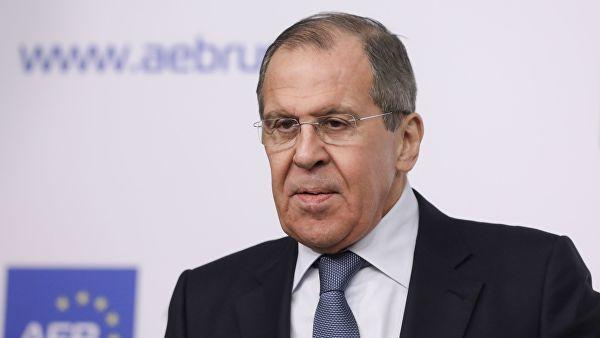 Лавров: Курс Кијева за чланство у НАТО провокација усмерена на уништавање споразума у из Минска