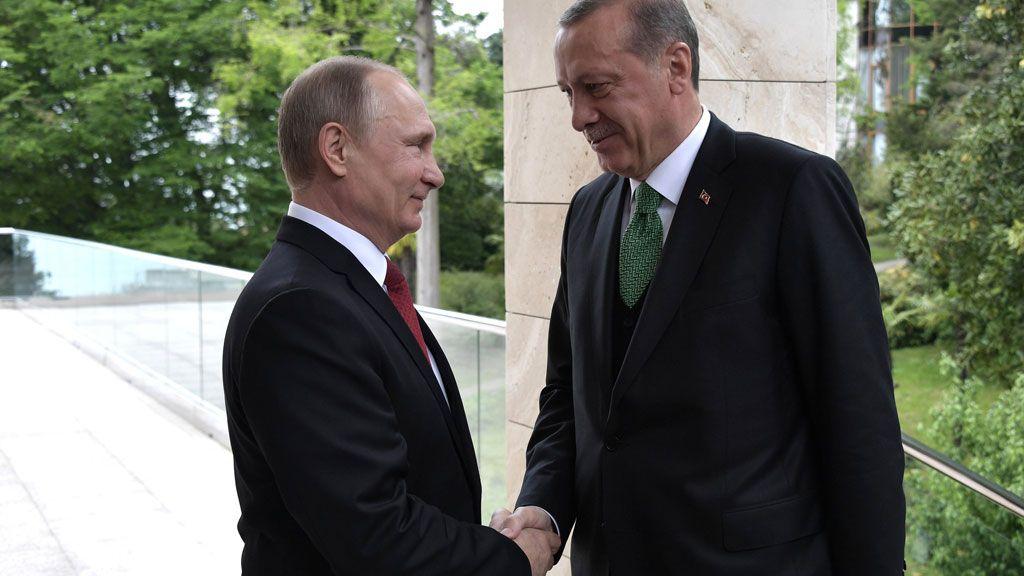 Путин и Ердоган разговарали о ситуацији у Сирији