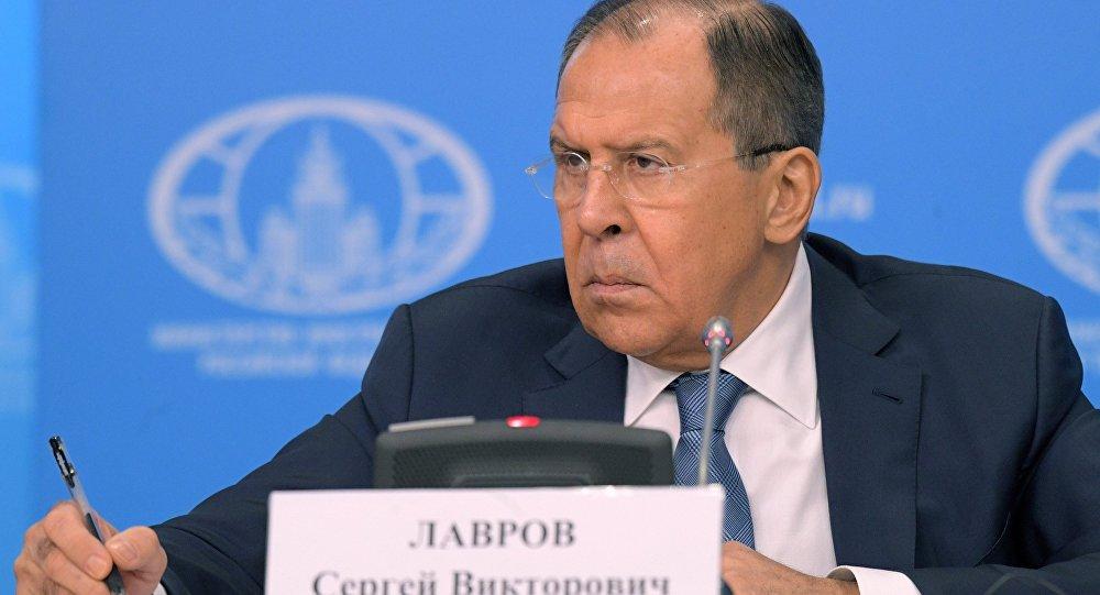 Лавров: Москва отворена за дијалог са Кијевом који је усмерен на реализовање Минских споразума
