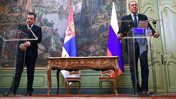 Москва поозвала САД и ЕУ да утичу на провокативни курс Албанаца