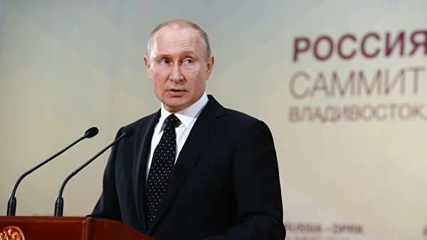 Путин о пасошима за становнике Донбаса: Зашто су Руси који живе у Украјини лошији од Мађара или Румуна?