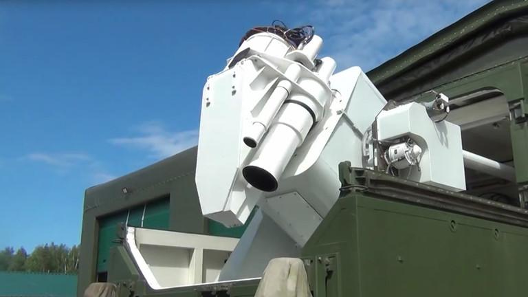 РТ: Ласерско оружје ће дефинисати руски војни потенцијал у 21. веку - Путин