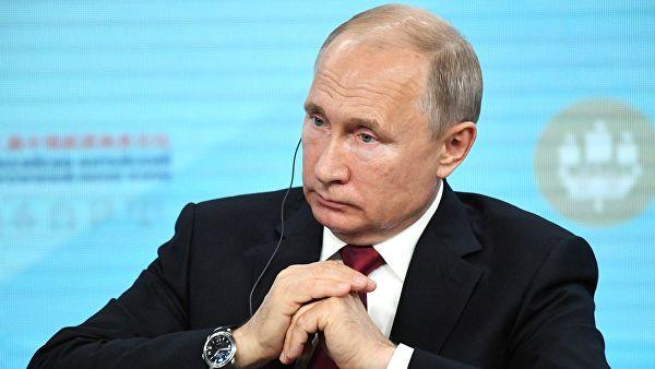 Путин: У свету се разбуктавају прави трговински ратови, борбе без правила са застрашивањем и елиминацијом конкурената