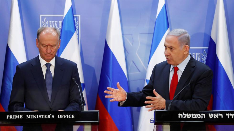 """РТ: Разговори Русије, САД-а и Израела о безбедности на Блиском истоку док се регион претвара у """"бојно поље"""" против Ирана"""