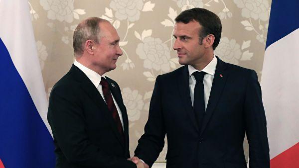 """Путин и Макрон се сагласили да је неопходно покренути """"нормандијски формат"""""""