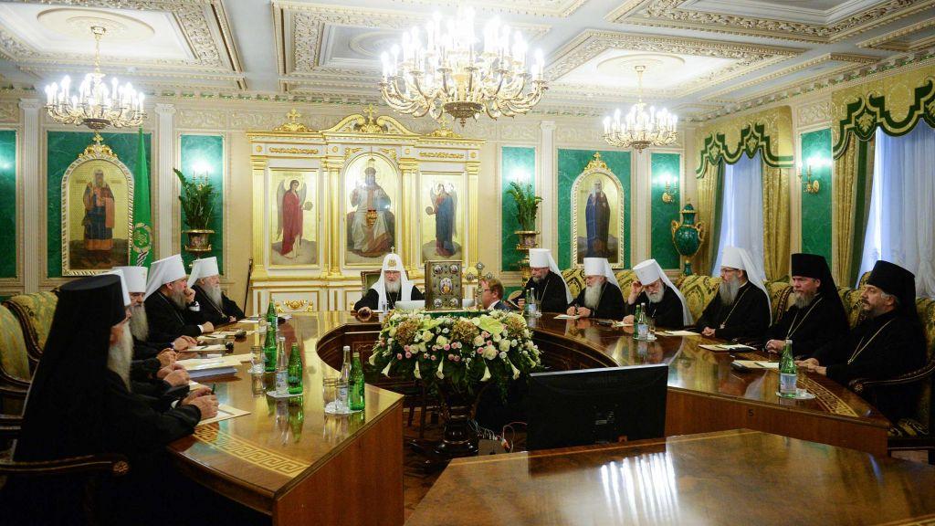 Синод руске цркве: Дижемо глас у заштиту СПЦ у Црној Гори