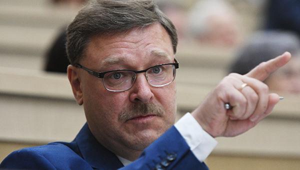 Косачев: ЕУ би једним позивом у Кијев могла да стопира конфликт у Донбасу