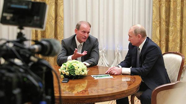 Путин: Сарађиваћемо са сваком политичком снагом у Украјини како бисмо обновили односе у пуном формату између Русије и Украјине
