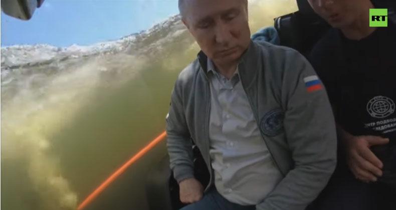 Путин одао почаст посади потопљене подморнице из Другог светског рата