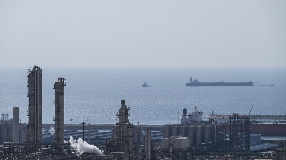 РТ: Чини се да САД траже изговор за рат у Персијском залив - Москва