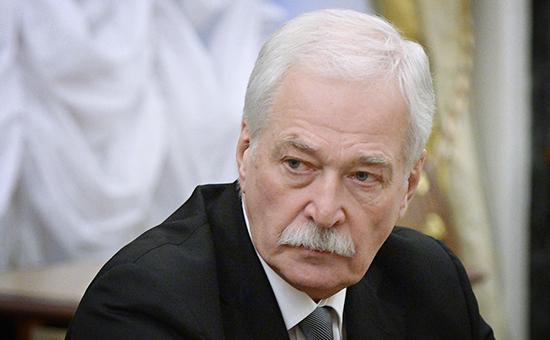 Гризлов: Позивамо кијевске власти да команда украјинске војске строго поштује успостављено примирје