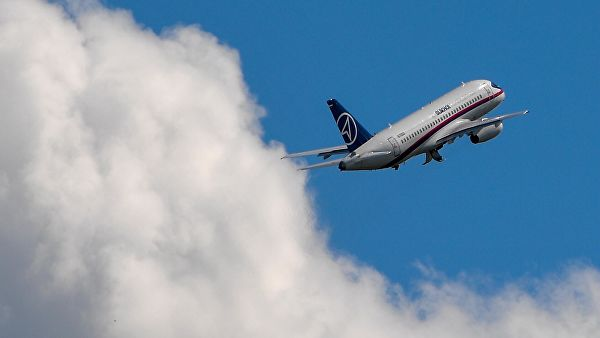 Захарова захвалила Украјини на пуштању авиона у њен ваздушни простор