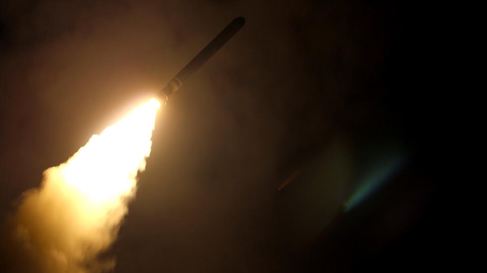 РТ: Време тестирања америчких ракета показује да је то било у развоју много пре него што је Вашингтон напустио Споразум - Путин