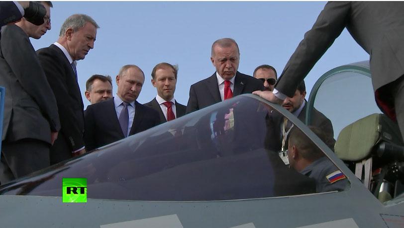 """RT: """"Da, možete ga kupiti"""": Putin pokazao Erdoganu ruski borbeni avion pete generacije Su-57"""