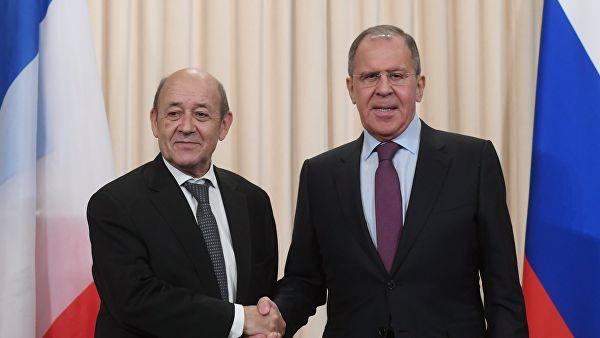 Лавров: Изразили смо наду да ће позитиван став председника Украјине и даље одређивати политику ове земље за решавање ситуације у Донбасу