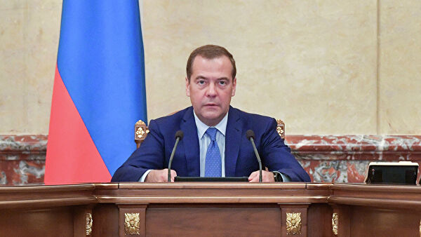 Медведев: Русија спремна да помогне Србији у очувању њеног територијалног интегритета и суверенитета
