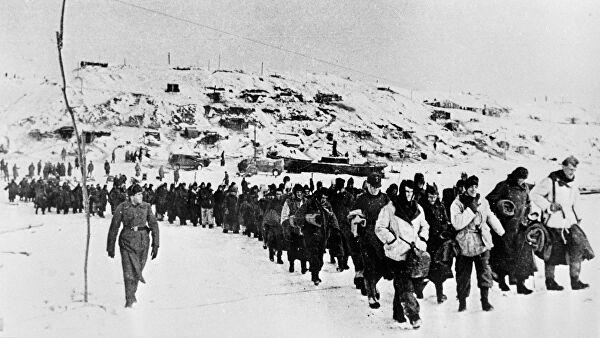 Москва препоучила НАТО-у да купи уџбенике из историје о Стаљинграду уместо зимских униформи