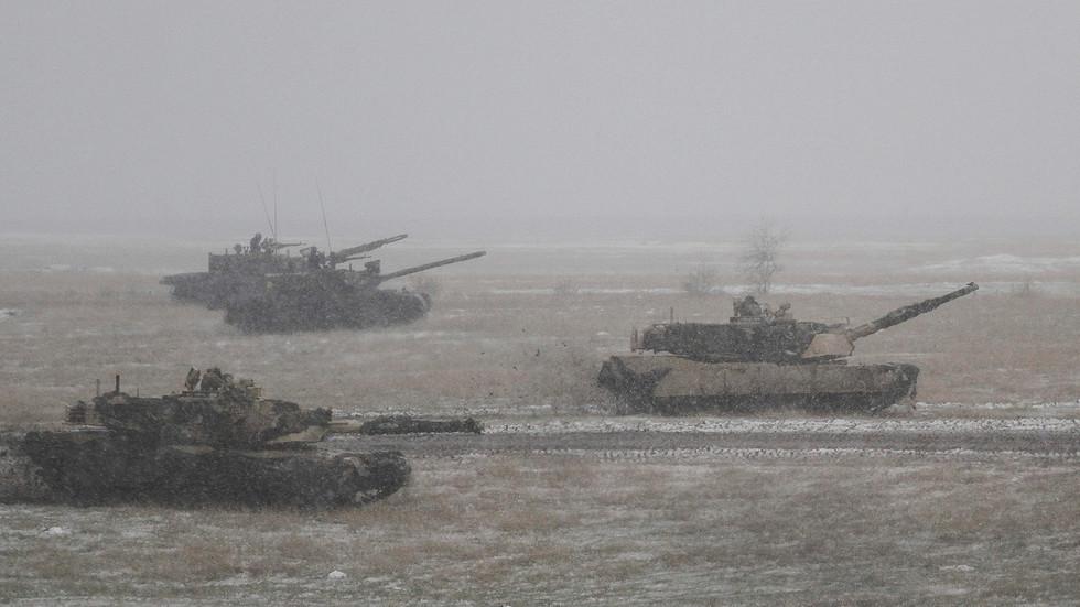РТ: Ширење НАТО-а према руским границама је једна од потенцијалних претњи, али Москва је спремна да разговара - Путин